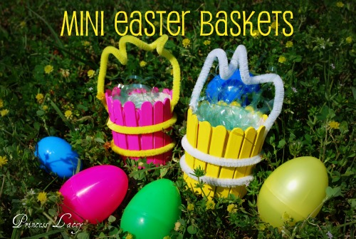 Make Your Own Adorable Mini Easter Basket!