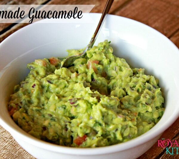 Homemade Guacamole Recipe + 5 Benefits of Avocados