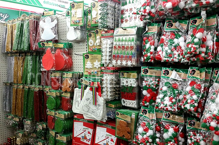Top 5 Christmas Items You Can Score at Dollar Tree!