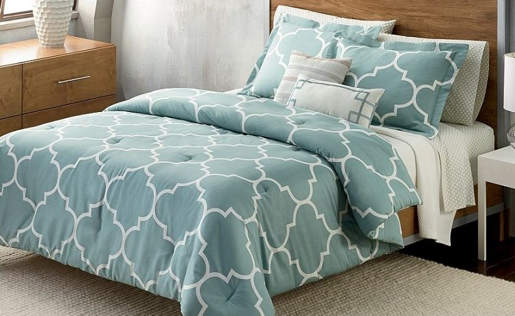 Kohl S Cardholders Comforter Sets As Low As 16 97