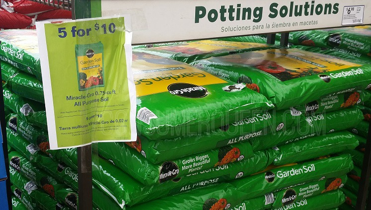 Hot deals at lowes 2 mulch 2 miracle gro bogo miracle for Garden soil deals