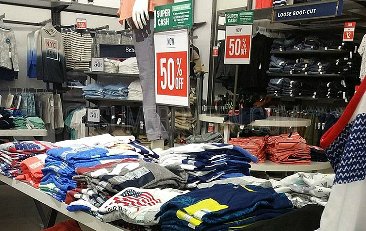 Old Navy Tees for The Whole Family 50% Off – Today Only