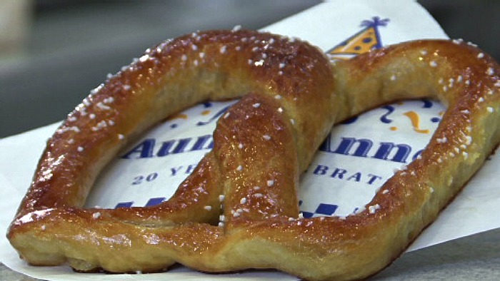 Auntie Anne's Pretzels: Buy One, Get One FREE Coupon!
