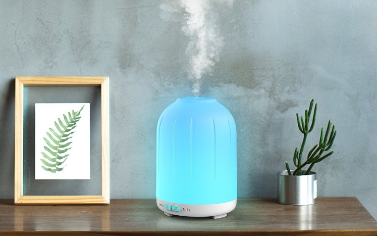 Score 2 Aromatherapy Diffusers for $11.99 After Code on Amazon
