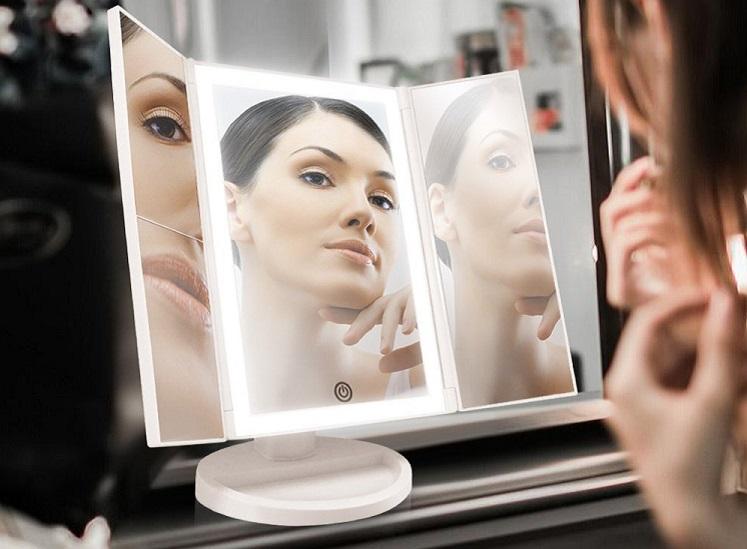 Amazon: BeautyWorks Backlit Makeup Vanity Mirror $14.44 W/Promo Code