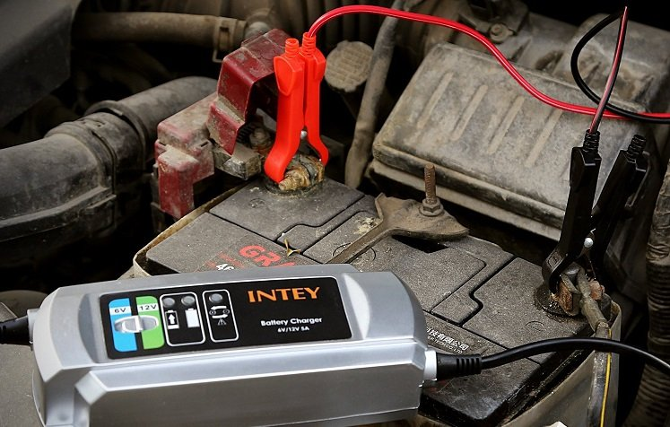 Amazon Intey 6v 12v 5a Smart Battery Charger Only 17 99