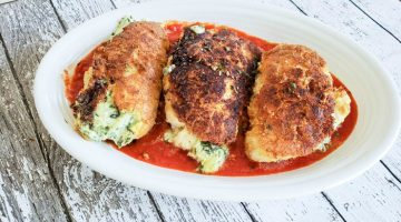 Spinach and Cheese Stuffed Chicken Breasts {Keto/Low Carb}