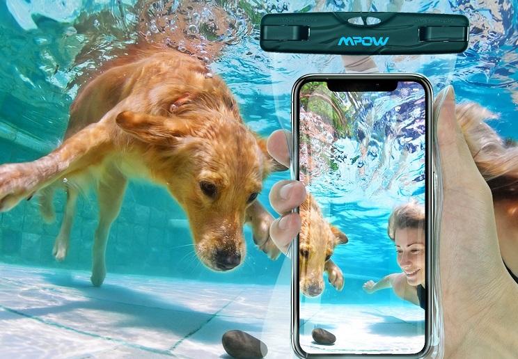 Amazon: Waterproof Phone Case $7.99 (Reg. $11.99)