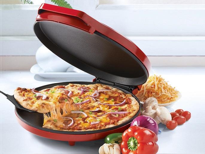 Betty Crocker Bc-2958cr Pizza Maker 1440 Watts Red Fast Fun Energy Efficient