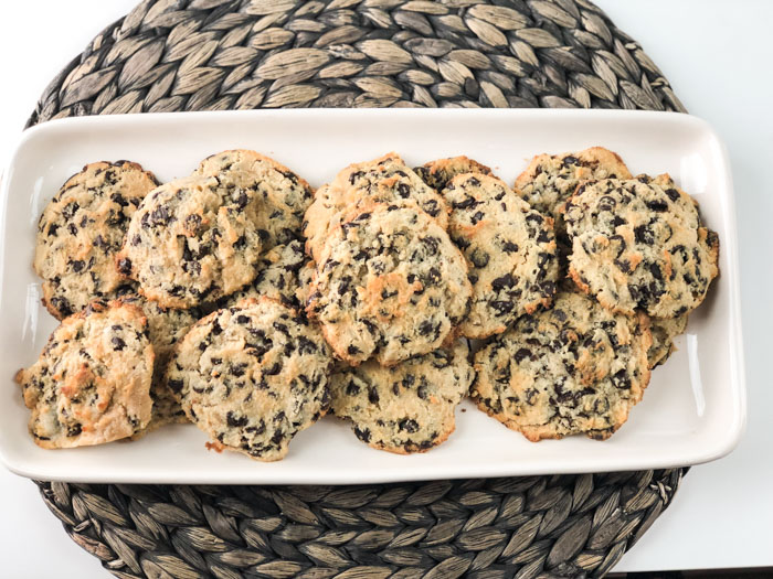 Low Carb Chocolate Chip Cookies with Cream Cheese