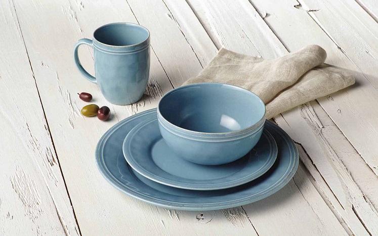 Rachael Ray Cucina Stoneware 16-Piece Set $41.64 on Amazon