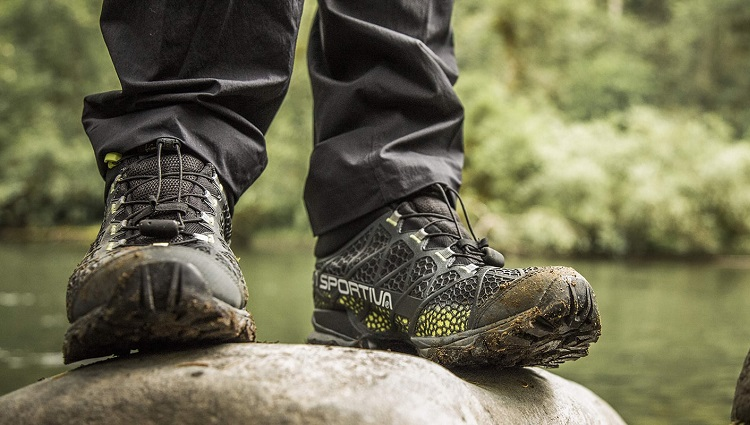 Merrell Shoes Up to 70% Off + 10% Military Discount + FREE Shipping!