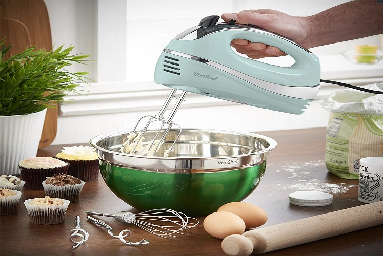 Electric Hand Mixer by VonShef $19.99 on Amazon!