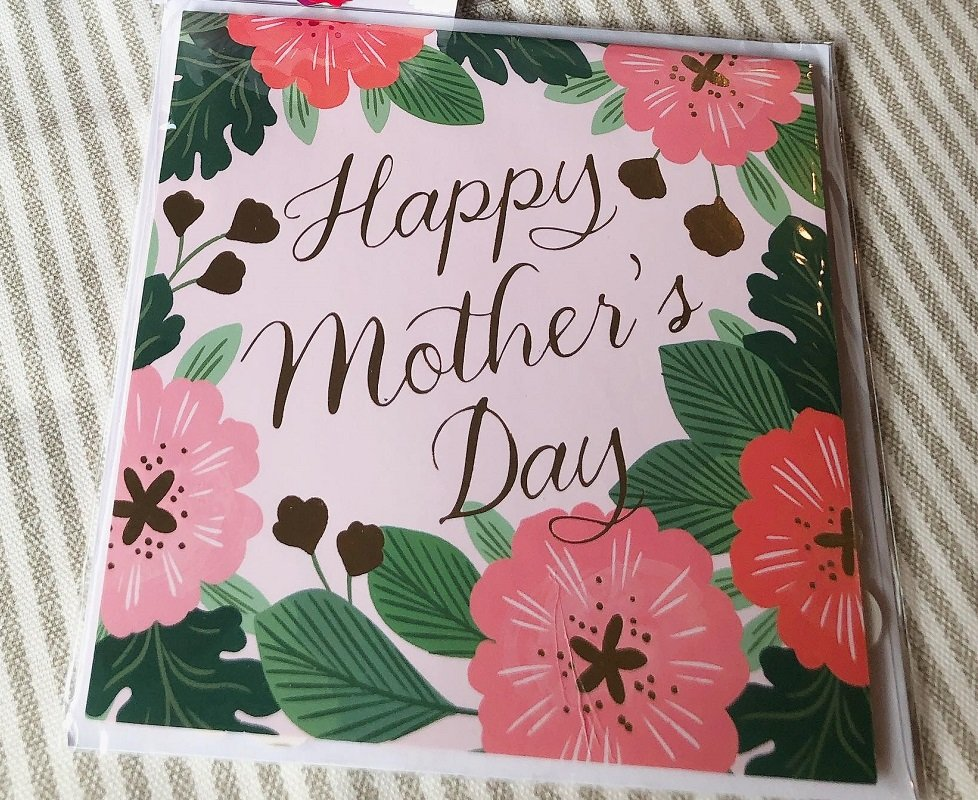 Mother's Day Finds at Aldi – Cards, Gift Bags & More