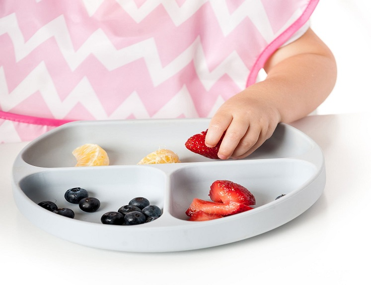 Kids Silicone Suction Plate by Bumkins $13.99 on Amazon!