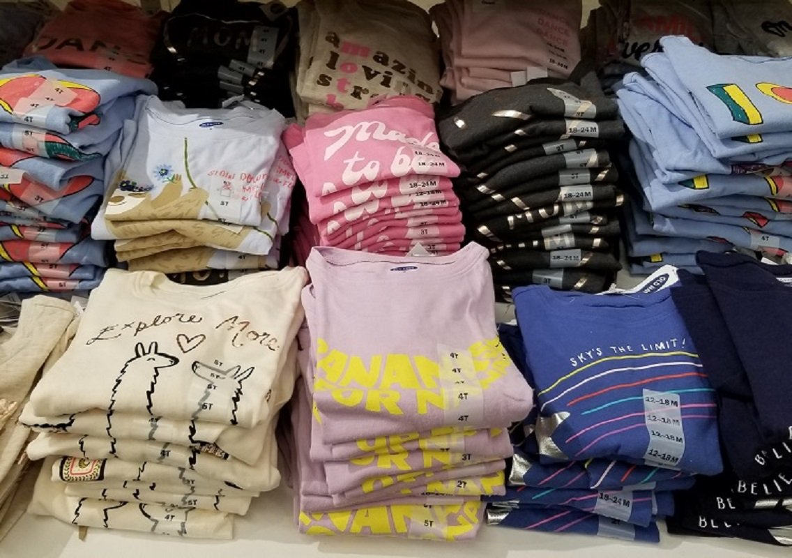 Old Navy Graphic Tees $4 – $5 *EXPIRED*