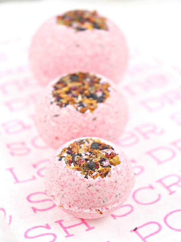 Forest Berries Fruit Tea Bath Bombs Recipe