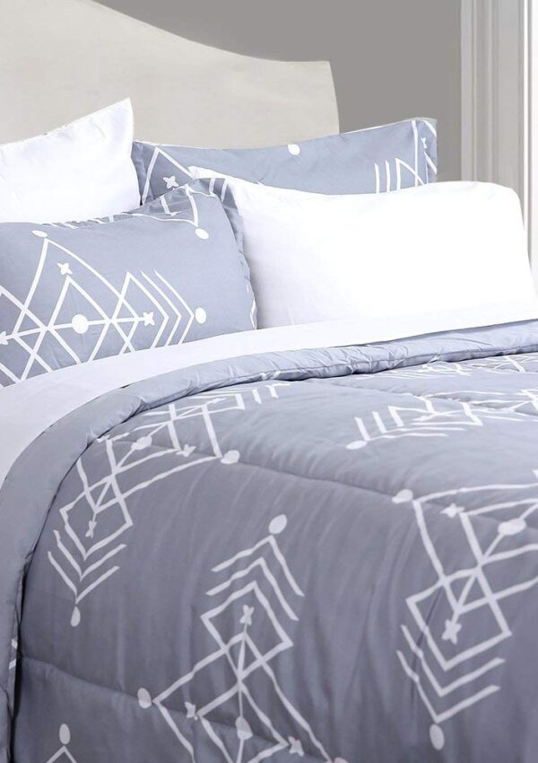 Comforter Bed Set, Down Alternative – 4 styles to choose from! 60% off on Amazon just $14.40