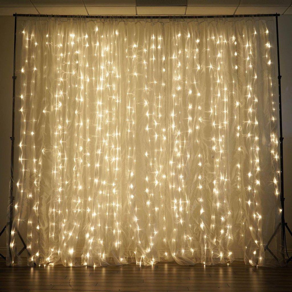 Fairy Lights Curtain – 300 LED curtain lights! $14.29 on Amazon, 45% off!