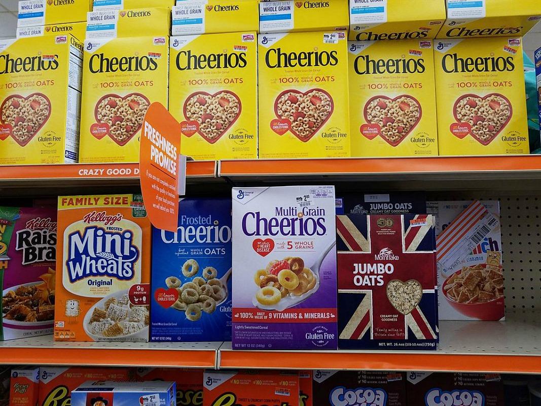 big lots rewards members free cereal