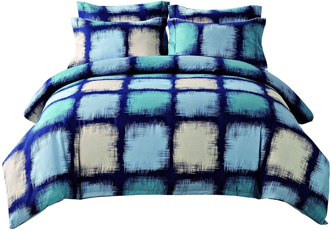 Microfiber Duvet Cover Queen Set in 3 Patterns – just $14.49 on Amazon!