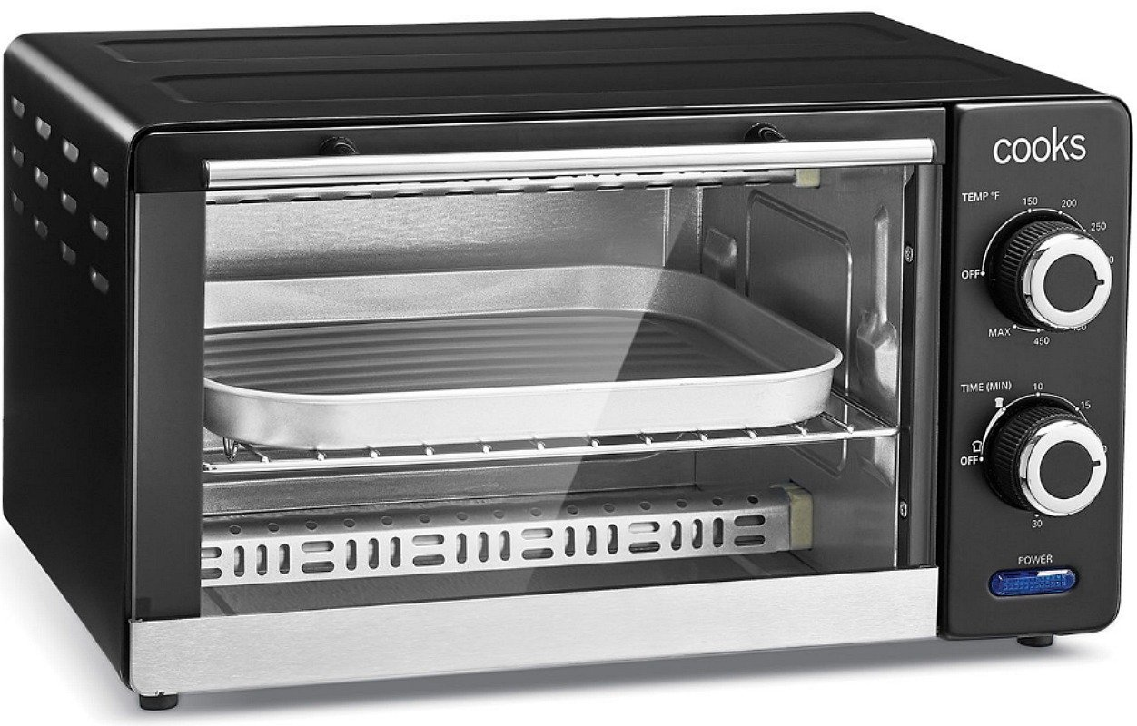 Cooks 4 Slice Toaster Oven JUST $6.69 After Mail-in Rebate at JCPenney (Reg. $60!)