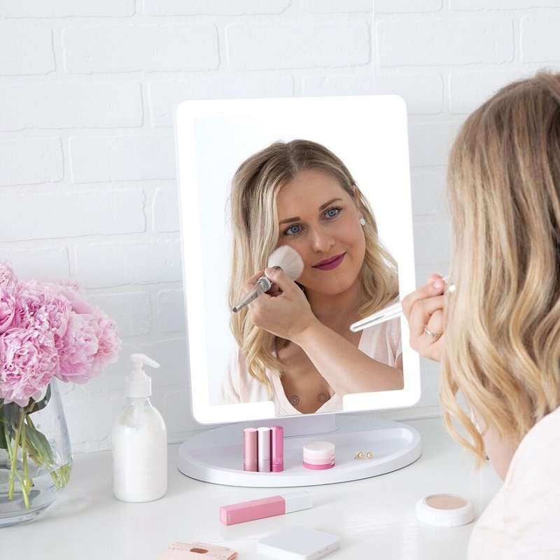 Makeup Mirrors 40% Off at Kohl's – Prices Start at $5.99 *EXPIRED*