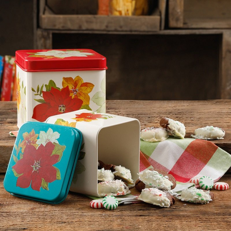 The Pioneer Woman Poinsettia 2-Piece Square Cookie Set $6.99 (Reg. $29!)