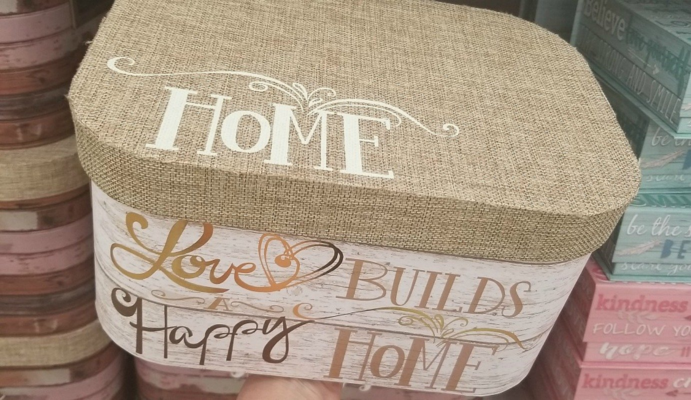 decorative keepsake boxes at michaels