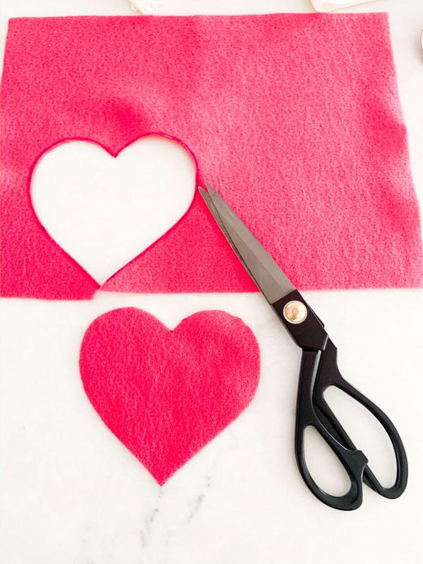 DIY Valentines Felt Hearts  3