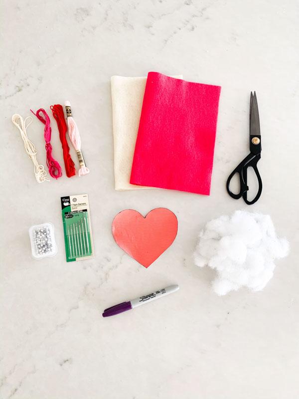 felt heart supply list