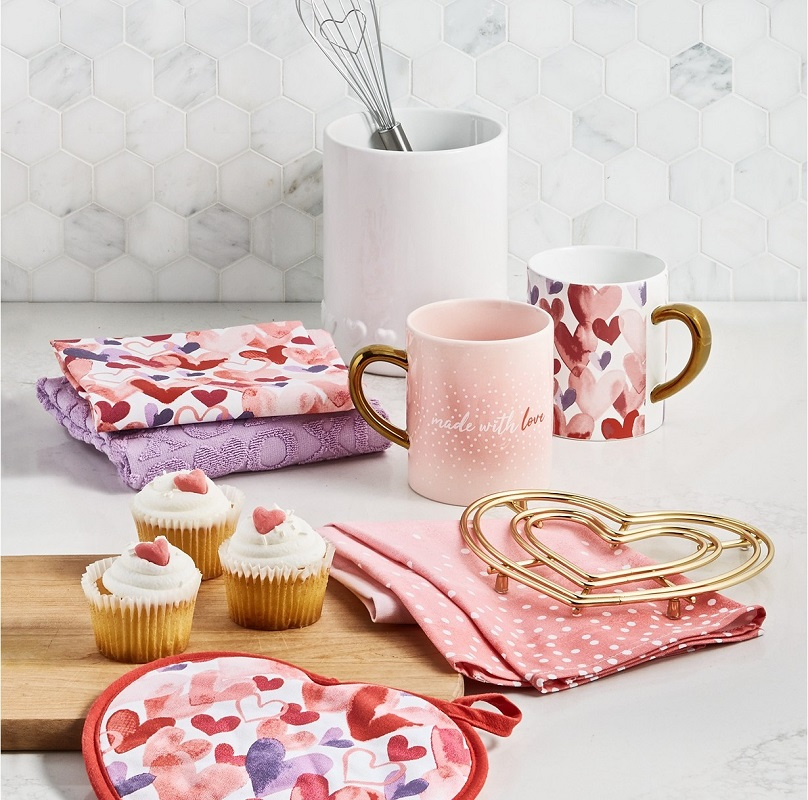 Martha Stewart Valentine Clearance at Macy's – Up to 85% Off + 15% Code!