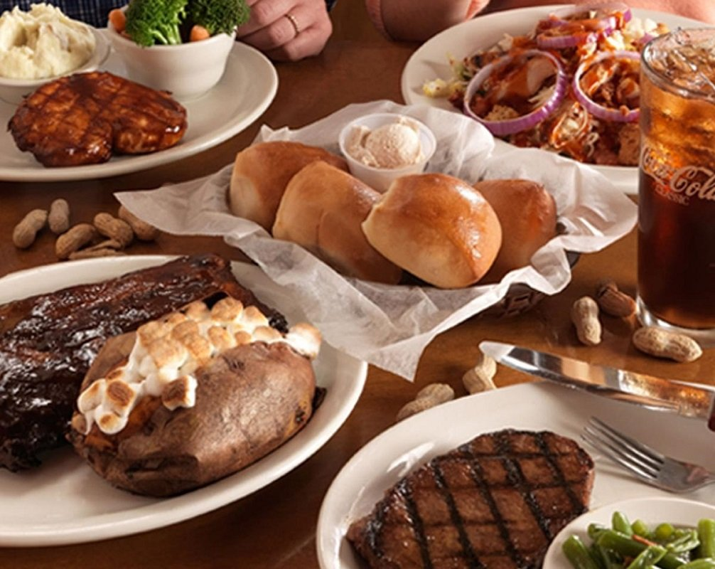 texas roadhouse family meals