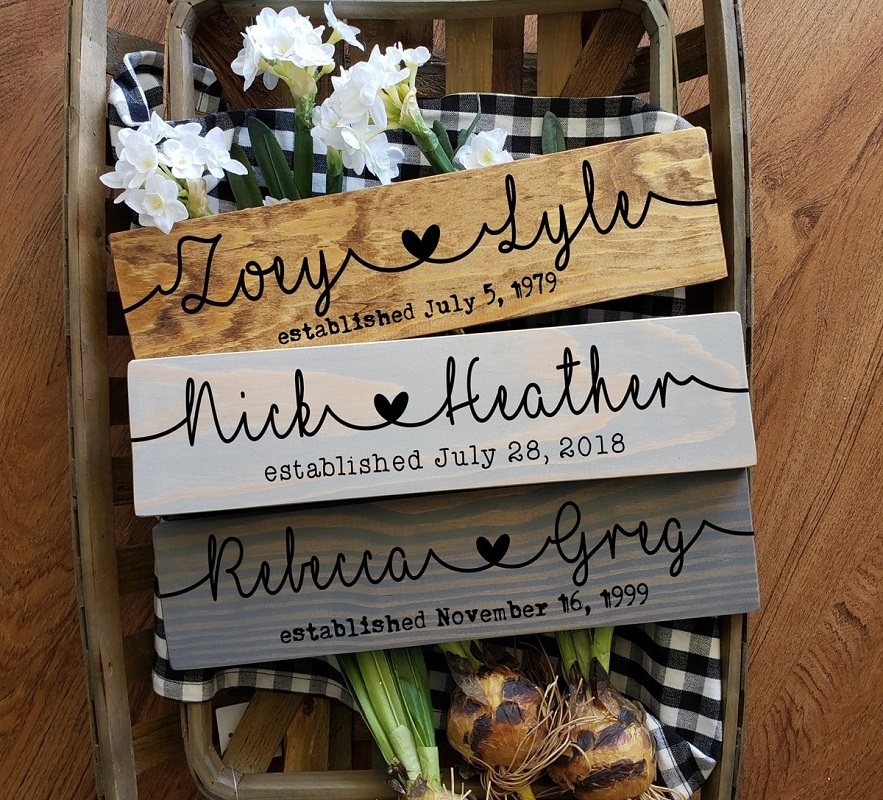 personalized couple signs