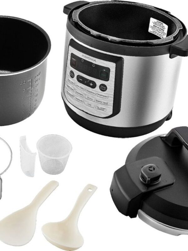 Pressure Cooker (8Qt.) by Insignia $39.99  – Ships Free Today Only (Reg. $120)