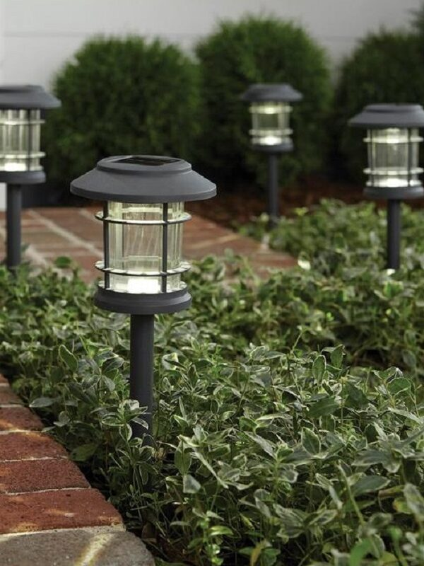 Hampton Bay Solar Path Lights