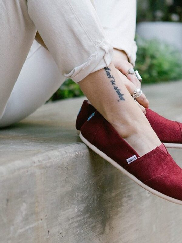 Toms Shoe Sale + Additional 35% Off  & Free Shipping Today Only!