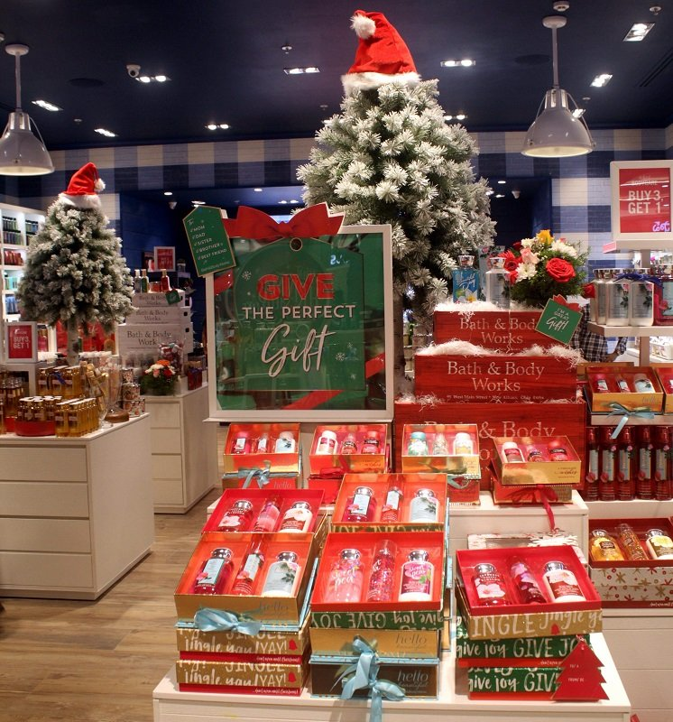 40% Off Entire Store + Free Shipping w/$50 Purchase at Bath & Body Works!