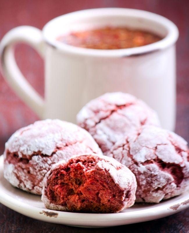 Red velvet Crinkle Cookies with Coffee