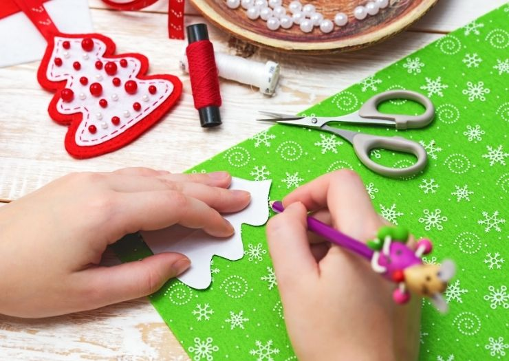 Trace Paper Christmas Craft