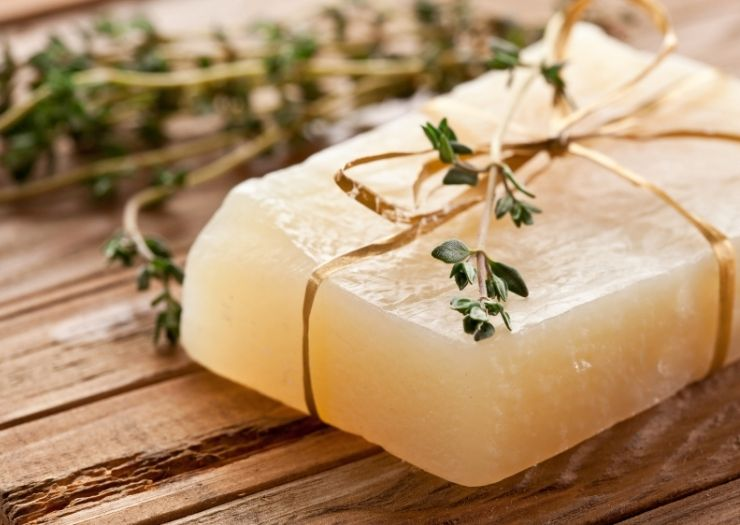 homemade soaps with herbs - colorants for soap