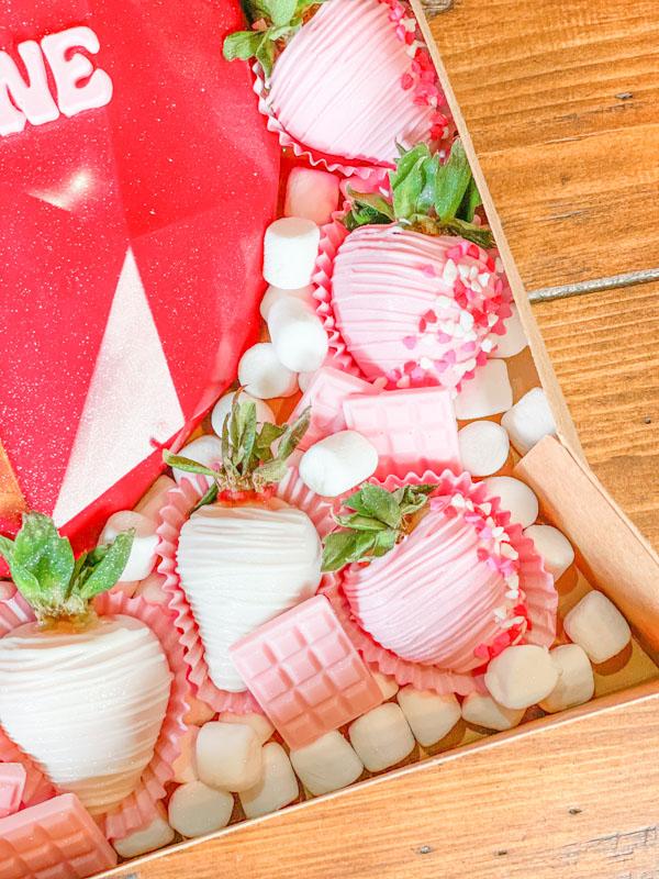 Breakable Heart chocolate Covered Strawberries