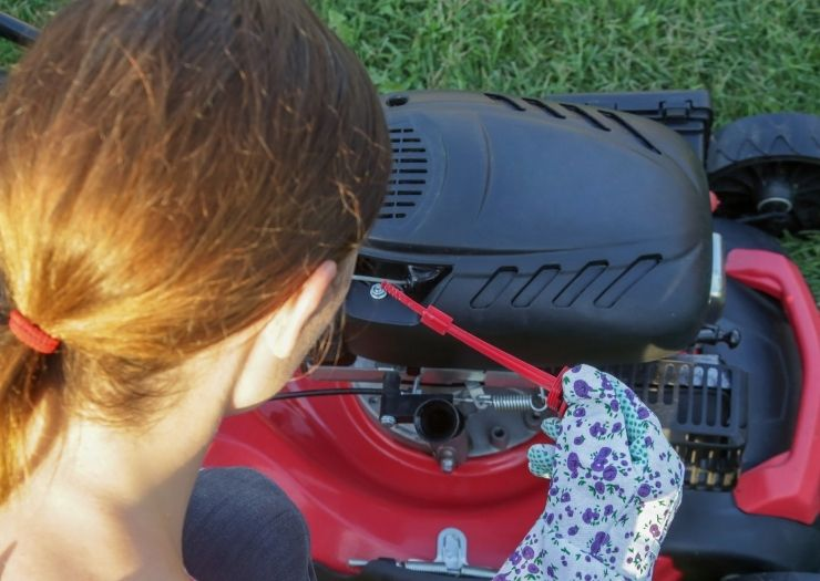 lawn mower oil - Lawn mower cutting grass - Sears PartsDirect Coupon Information and Signup