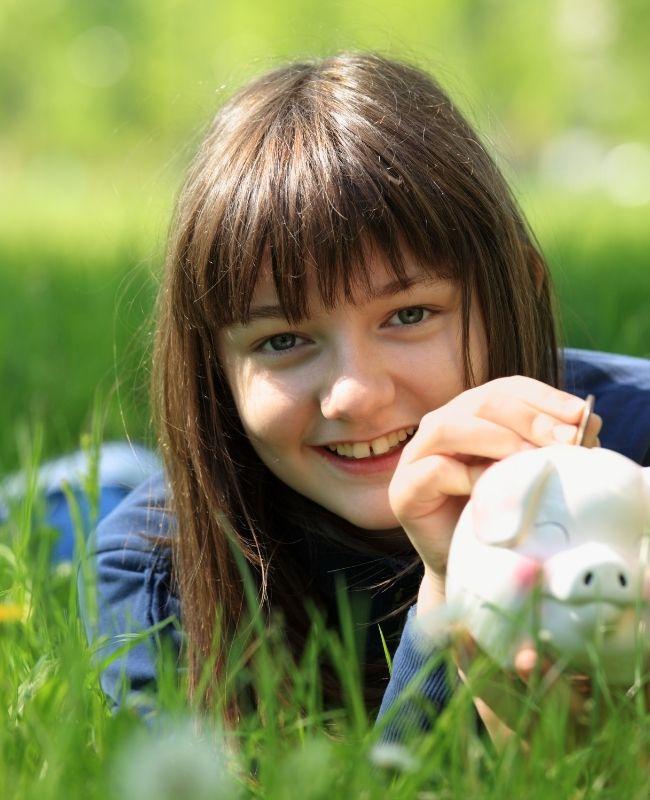 10 Simple Ways to Save Money This Spring