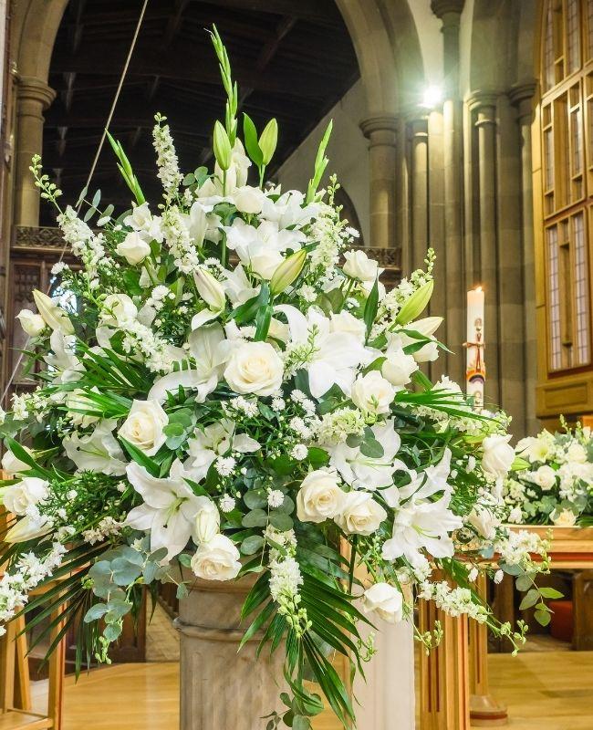 Proper Etiquette for Sending Funeral Flowers