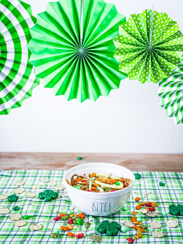 Pot of Gold Snack Mix Party Decorations