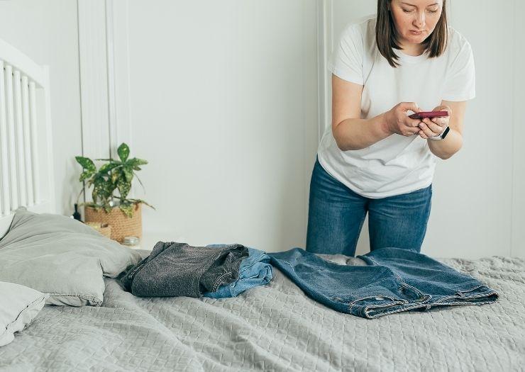 resale products online - Side hustle jobs idea