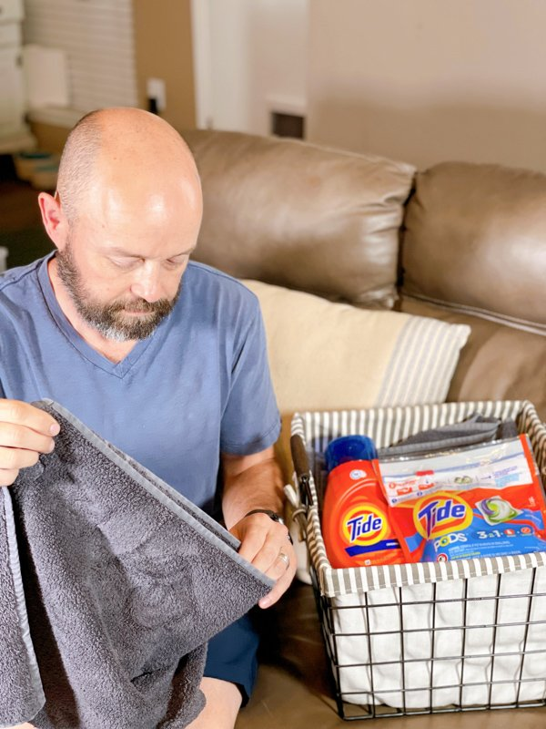 Tide Daniel doing laundry
