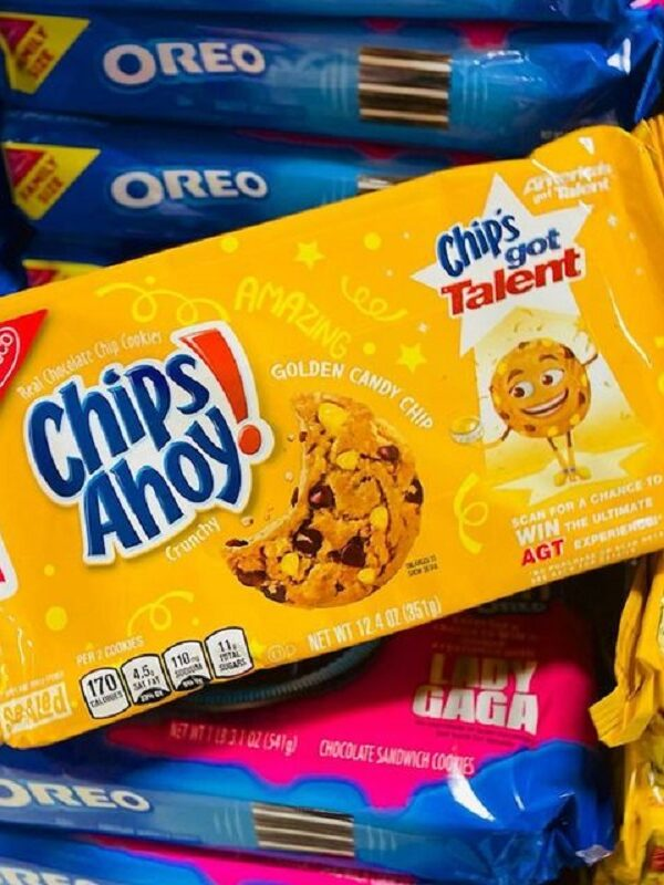 Chips Ahoy! Golden Candy Chip Cookies 37¢ at Walmart + Target Deal