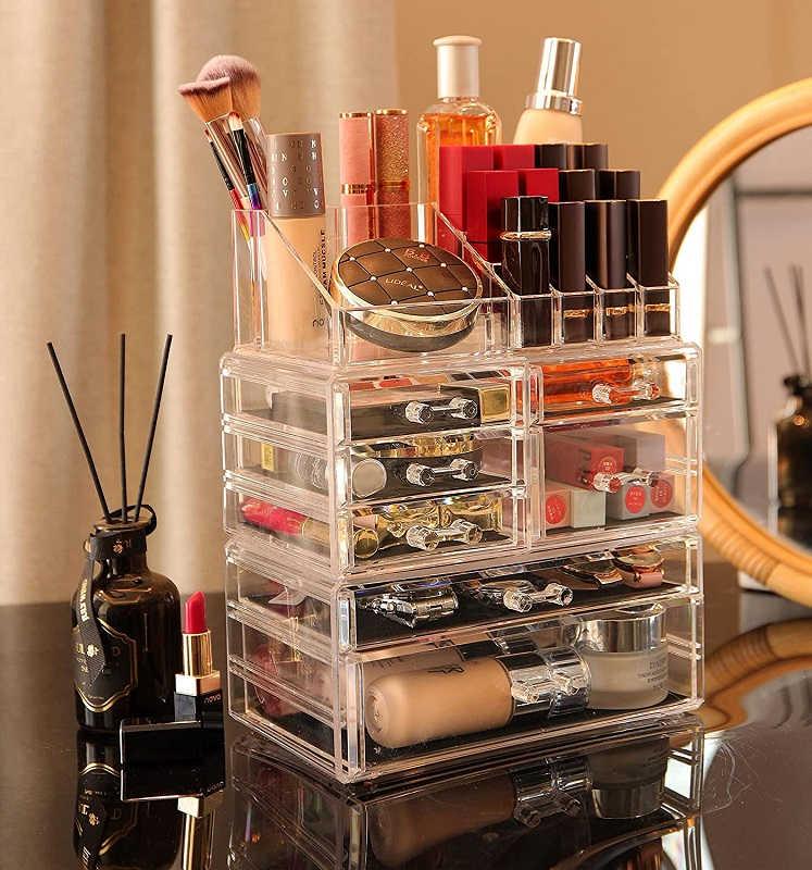 Large Makeup Organizer $12.99 (Reg. $29.99)